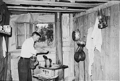 Brewing coffeee at home during the depression.